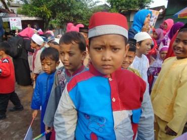 Pawai Taaruf Rumah Cerdas Islami Jombang dalam rangka Peringatan Isra Miraj 2016 (149)