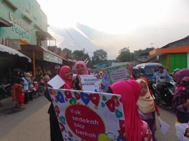 Pawai Taaruf Rumah Cerdas Islami Jombang dalam rangka Peringatan Isra Miraj 2016 (173)
