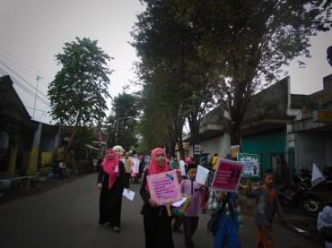 Pawai Taaruf Rumah Cerdas Islami Jombang dalam rangka Peringatan Isra Miraj 2016 (206)