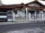 Rumah pojok dlm perumahan di Popongan Karanganyar