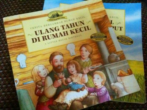 Salah satu buku serial kesukaan Duta saat ini.
