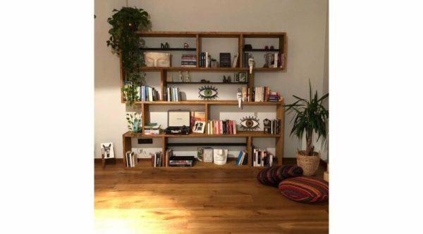 Rak Buku Jati Klasik Woodesk