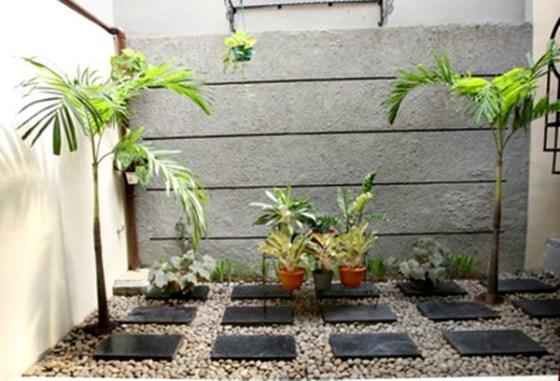 Taman rumah minimalis dengan dinding batu alam 3 - Cara Terbaik Desain Rumah Minimalis 2 Lantai di Lahan Sempit