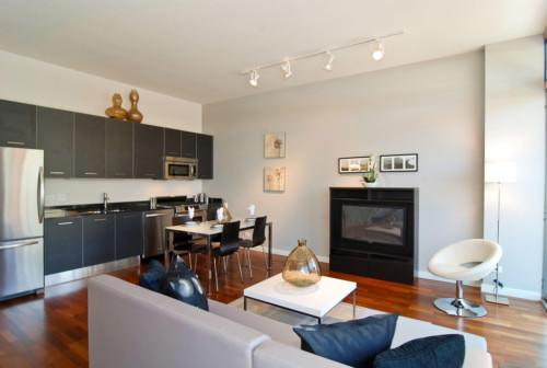Desain Ruang Keluarga Sekaligus Ruang Makan dan Dapur 8 - 20 Desain Ruang Keluarga Sekaligus Ruang Makan dan Dapur