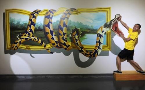 Lukisan Dinding 3D Ular Melingkar