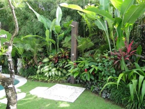 taman tropis - Inspirasi Gaya Taman Minimalis dari Berbagai Belahan Dunia