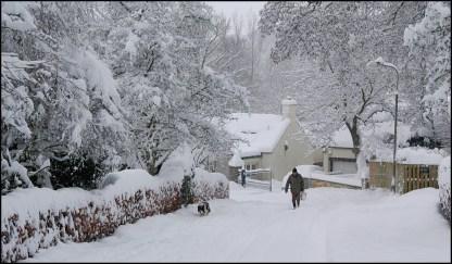 snow-chapel-brae-2009
