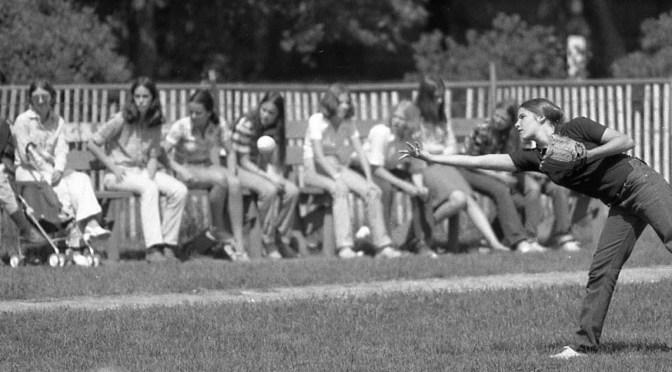 Retro RFH Girls: Play Ball!