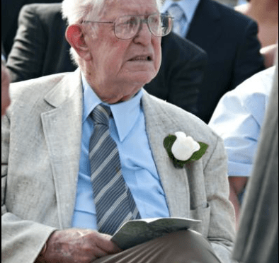 Friday, Saturday Services Set for Fair Haven's Ray Miller