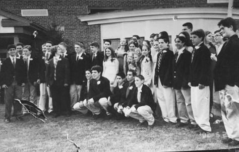 Knollwood School Class of 2002 Photo/Elaine Van Develde