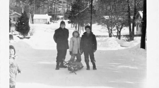 Retro Fair Haven Snow Daze