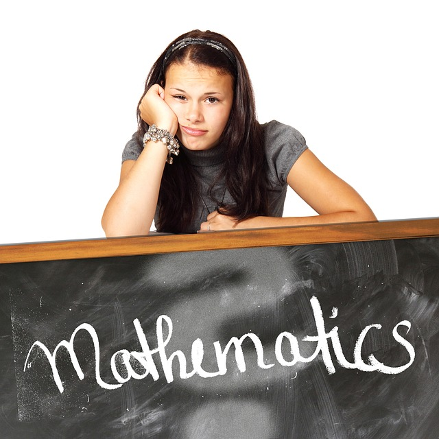Matematika Kelas 7 : 20 Soal SPLSV dan SPLDV