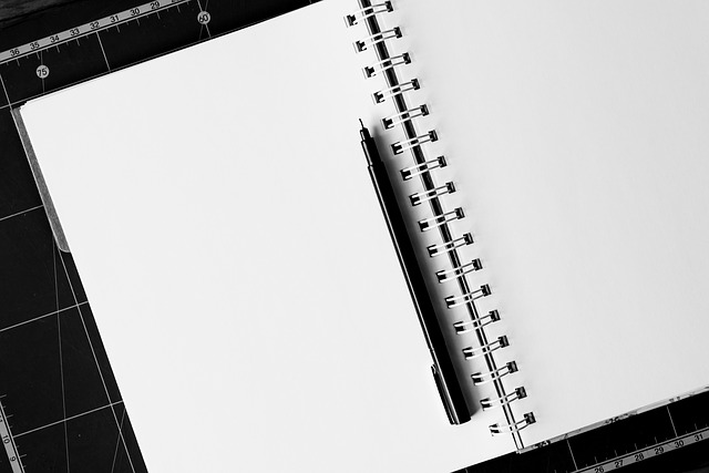 notebook-1587527_640