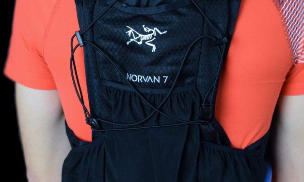 Test Sac Arc'Teryx Norvan 7, un gilet d'hydratation de haute qualité.