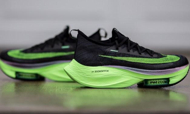 Coup dur pour Nike, les VaporFly et les AlphaFLy sont maintenant interdites.