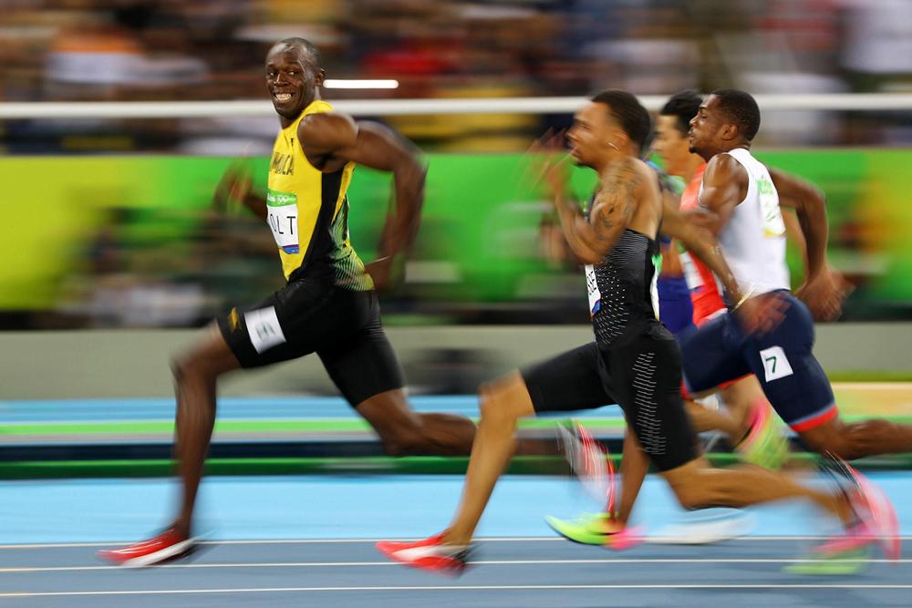 Самый быстрый человек планеты - Усейн Болт успел перед