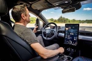 La función de asistencia al conductor Co-Pilot360 llega al Ford Mustang Mach-E 2021