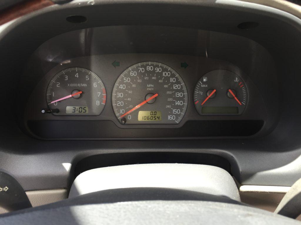 2001 Volvo V40 full