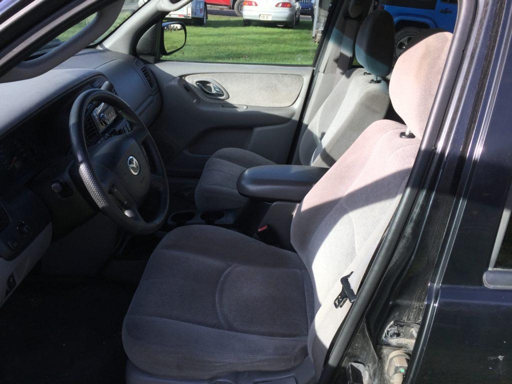 2002 Mazda Tribute full