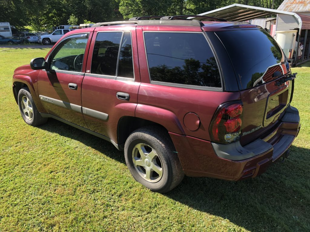 2004 Chevrolet Trailblazer – 2WD full