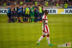 Die Heidenheimer Mannschaft wusste, wie sie Stephan Sama und Toni Sunjic zur Verzweiflung bringen konnte. Bild © VfB-Bilder.de