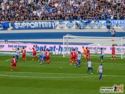 Nicht so schlecht wie erwartet: Die VfB-Abwehr. Bild: © VfB-Bilder.de