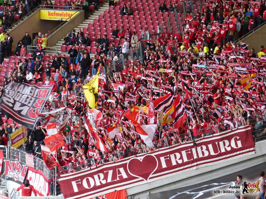 Rund um das Spiel gegen Freiburg