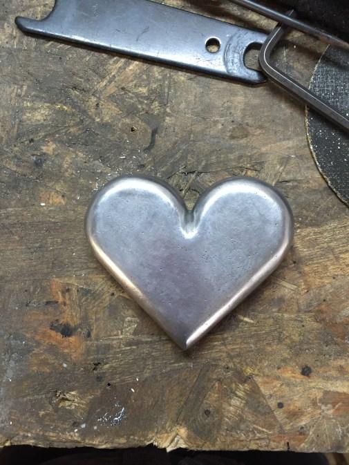prototypage pièce ornementale coeur aluminium
