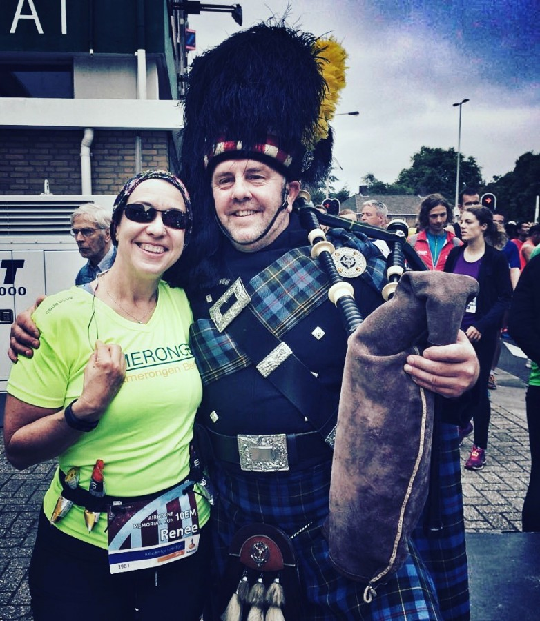 With the bagpiper before the race