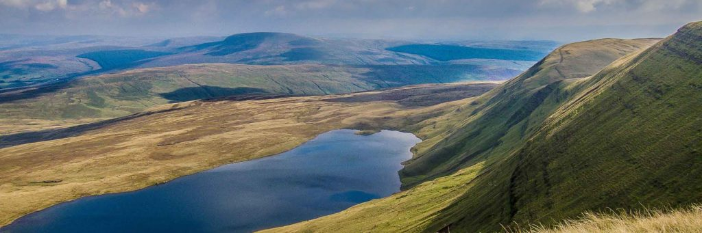 Mdc fell running club Wales Llyn y fan fawr by nick dallimore
