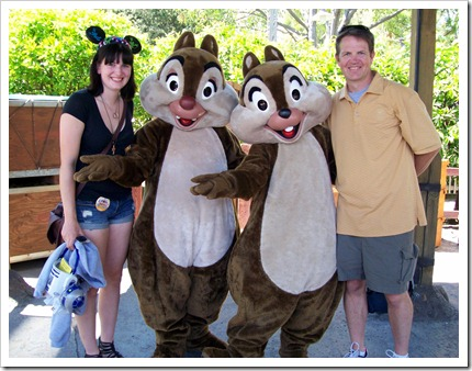 DisneyLand Chip and Dale