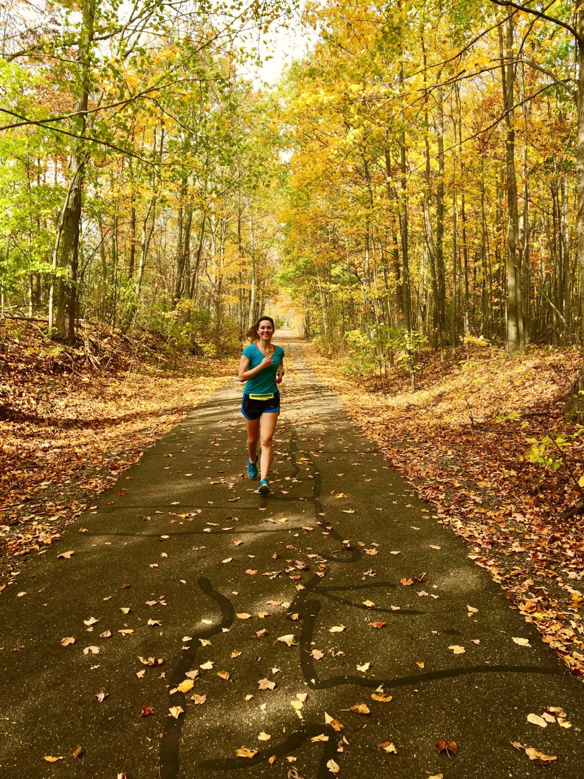 These 8 fall running tips will take your training to the next level this season!