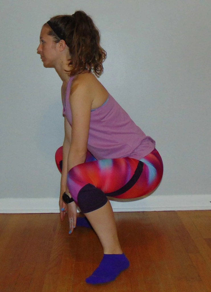 These 7 hip mobility exercises for runners will help relieve tight hip flexors and reduce hip pain on the run. Include all or some of these hip mobility exercises in your daily pre or post run routine, or complete them all during your strength workout. #hipmobility #hipexercises #hippain