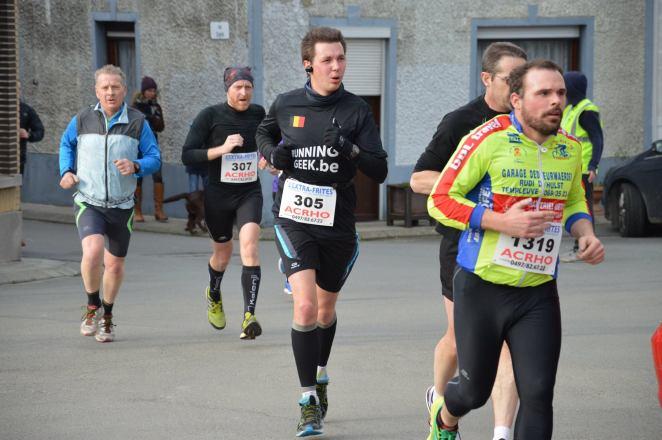 Dans ma tenue RunningGeek.be, les cheveux au vent - crédit photo : Aphélie Depauw