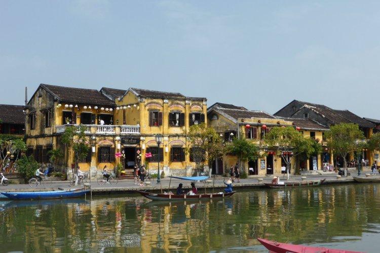 Hoi An. Mocht je ooit in Vietnam zijn, sla dit stadje dan niet over!