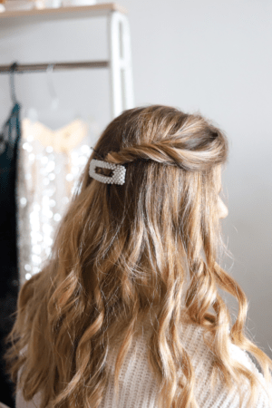 5 Festive Holiday Hairstyles for the Season featured by top Dallas beauty blogger, Running in Heels: side twist