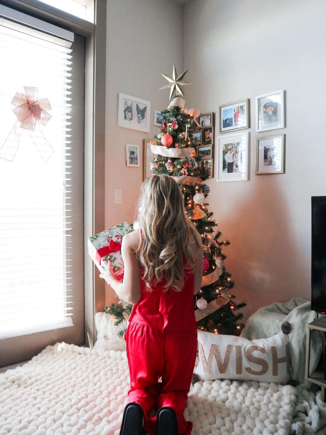Easy Ways to Decorate Your Small Apartment for Christmas