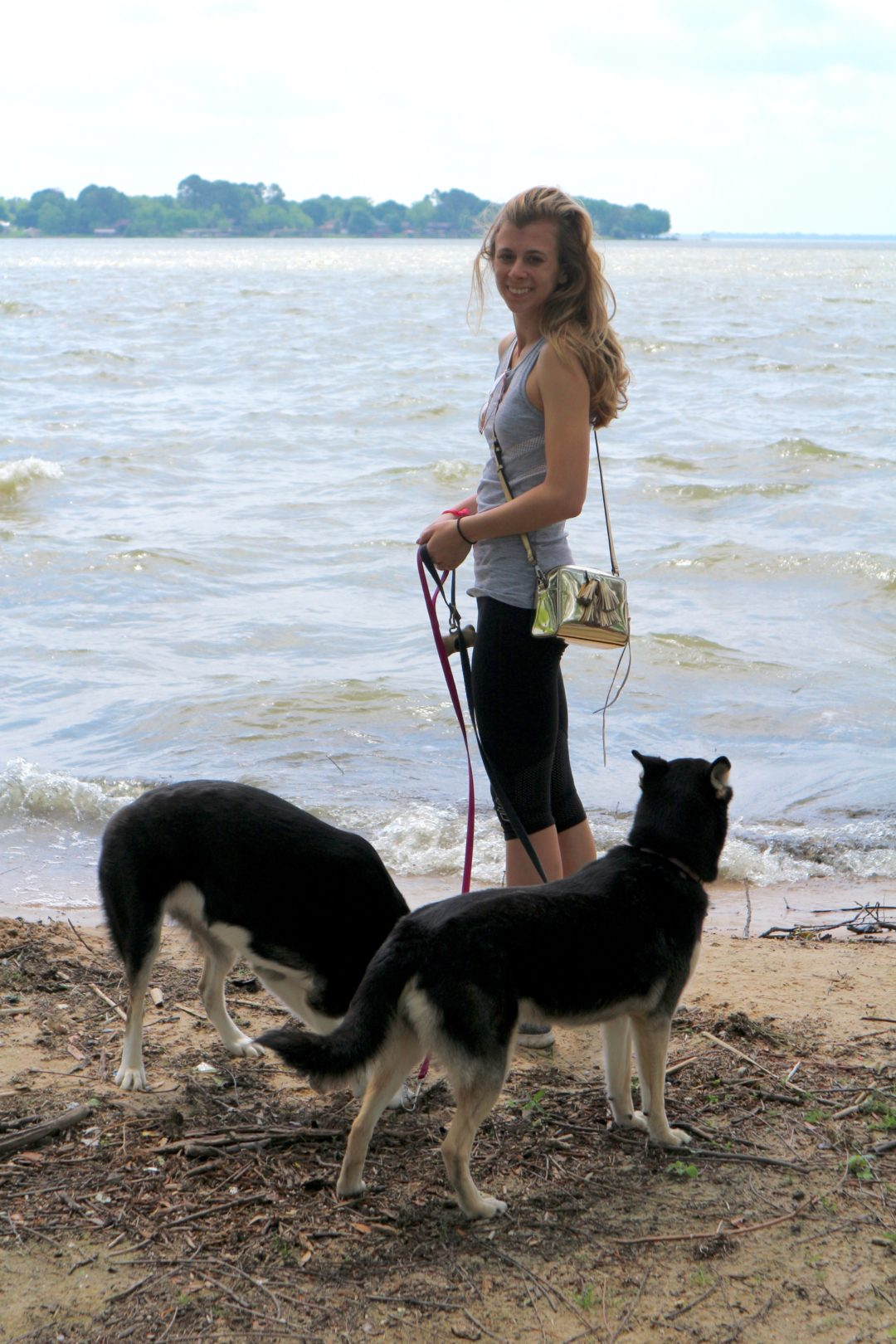 Glamping with Pets- Cedar Creek Lake