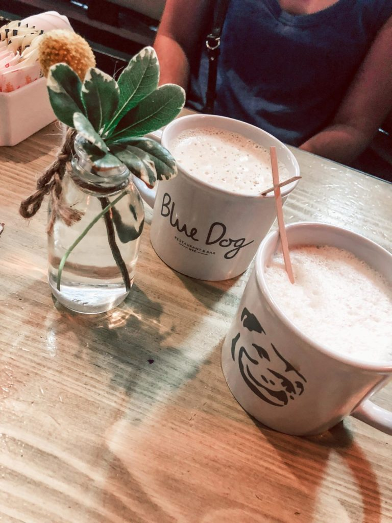 Where to eat in NYC, Blue Dog Cafe lattes