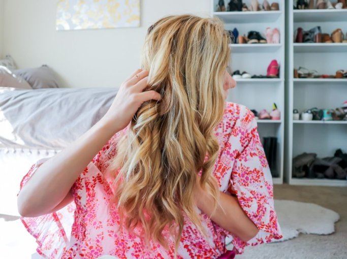 How to Use a Curling Wand | Running in Heels