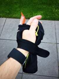 Salomon Park Hydro Handset - Side of Hand