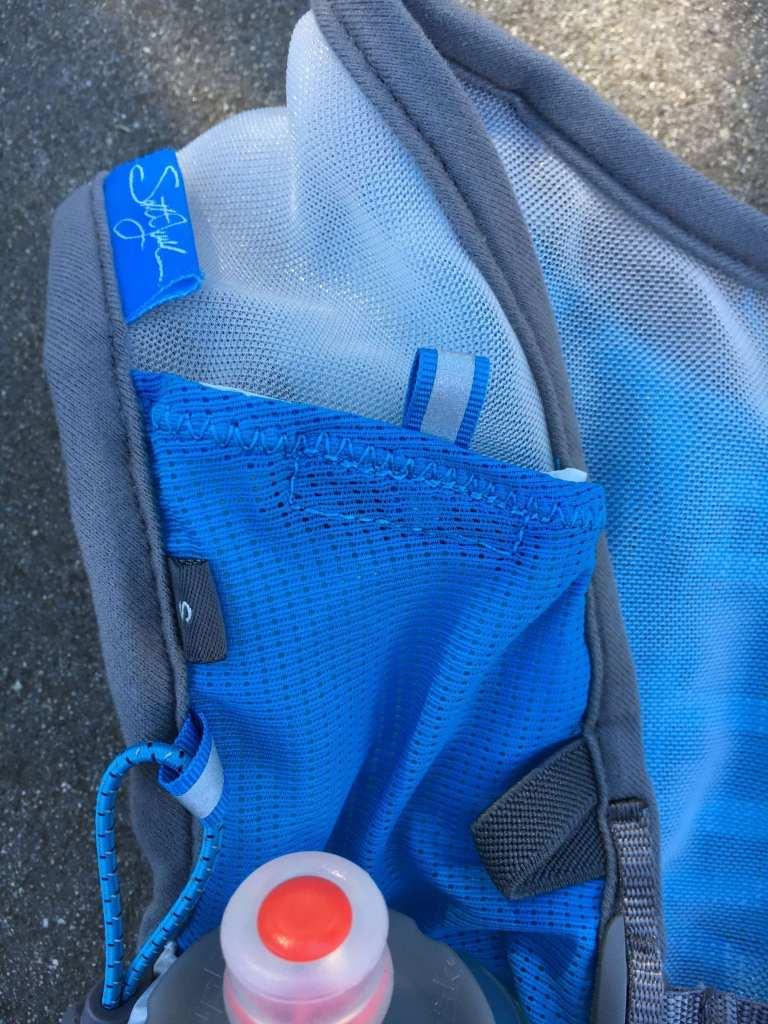 Ultimate Direction SJ Ultra Vest 3 Top Right Pocket