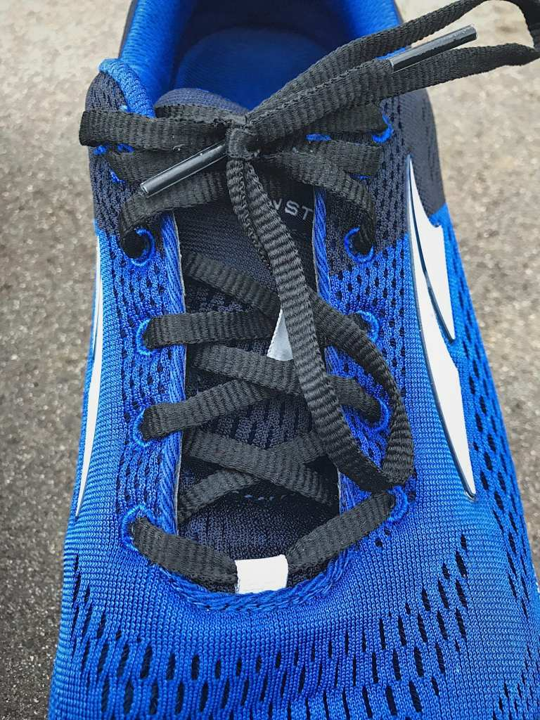 Altra Instinct 4.0 lacing closeup, not the minimal stitching and lack of overlays