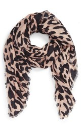 scarf-leopard