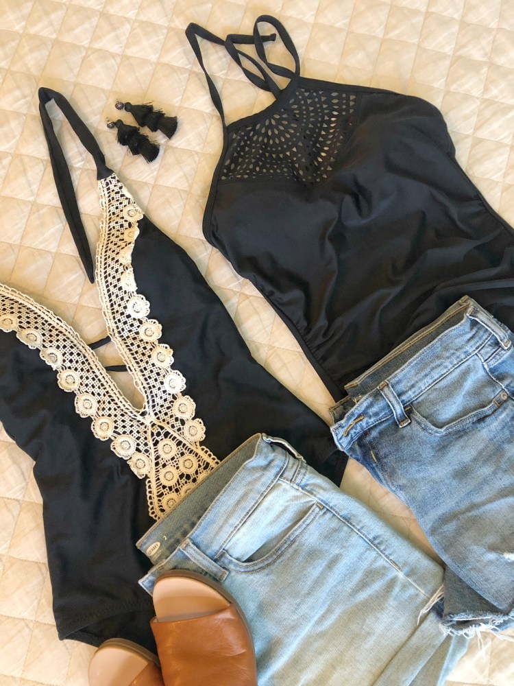 Target-Flatlay swimsuit