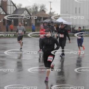 2016 Cleveland Half Marathon   Running on Happy