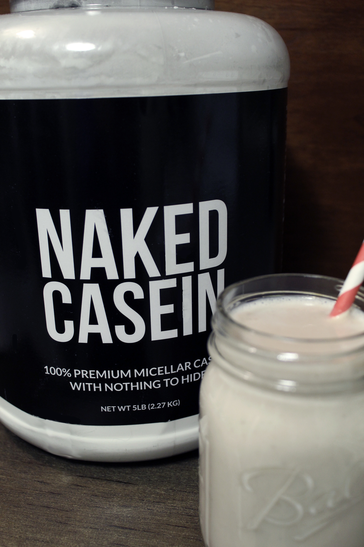 This high-protein, coconut banana bedtime snack smoothie is made with casein protein and will keep you fuller, longer. Casein is great for muscle build and fat loss. Enjoy! -Running on Happy