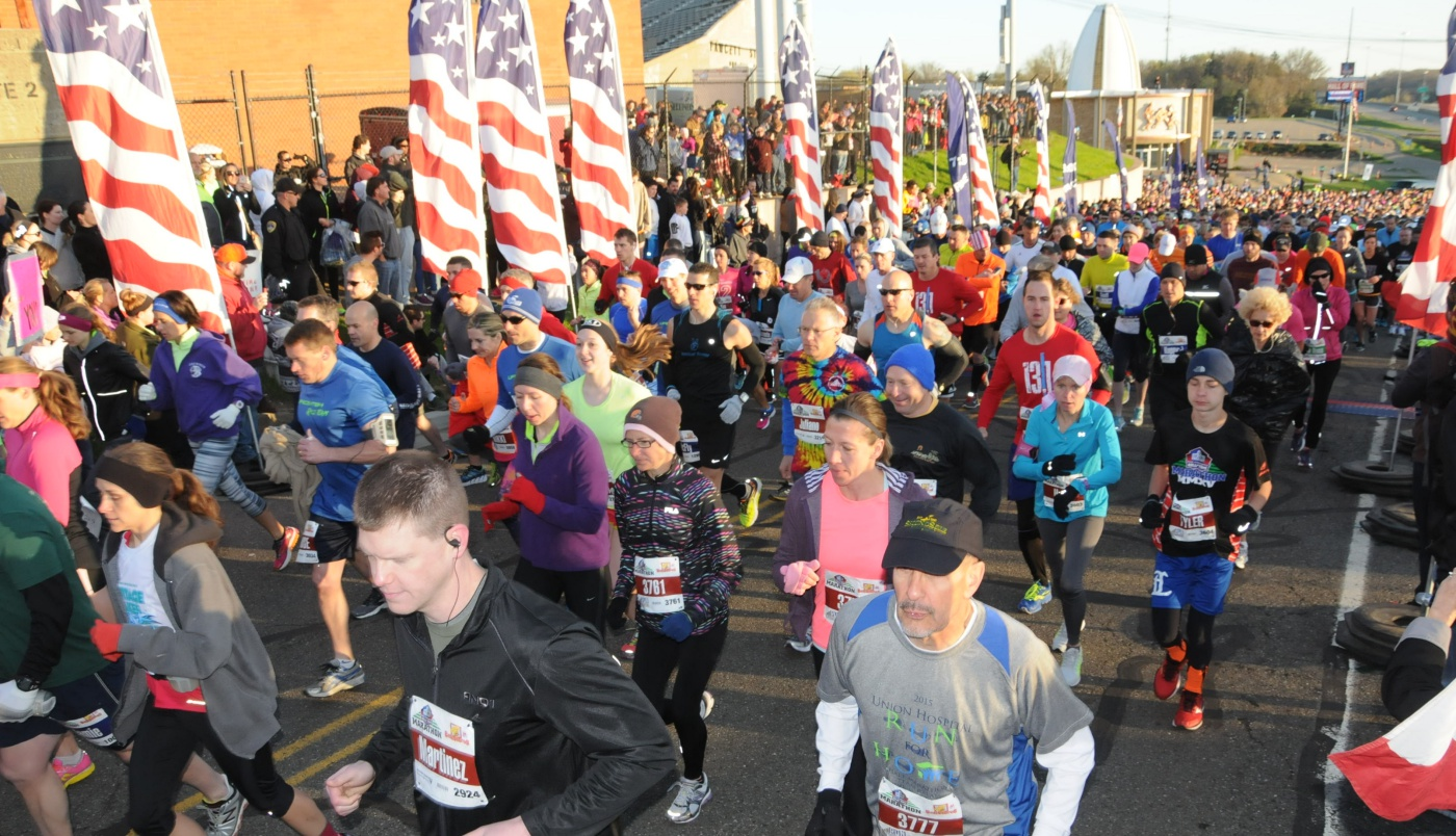 What makes Cleveland so badass when it comes to fitness and running? Check out these 5 amazing spring races Cleveland has to offer! (There are many more.)