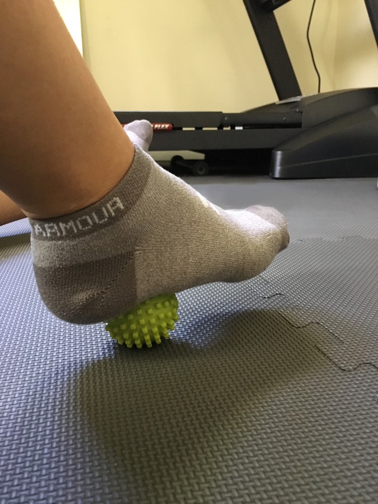 May 11th is National Foam Rolling Day. What is it? Why should you do it? And when should you do it? Find out all the answers on the Running Coaches' Corner!