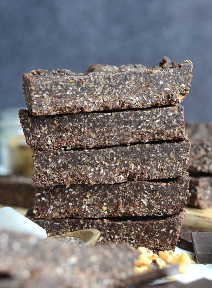 Healthy Vegan No-Bake Chocolate Chia Energy Bars